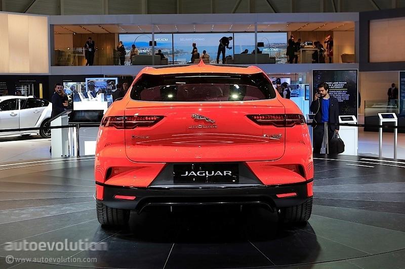2018 - [Jaguar] I-Pace (série) - Page 4 82e2ac10