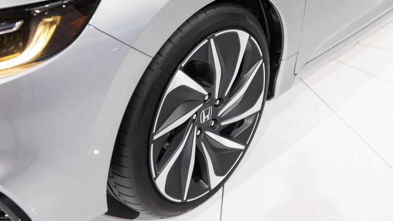 2018 - [Honda] Insight III 84058d10