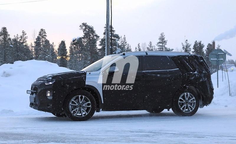 2018 - [Hyundai] Santa Fe IV 851c6410