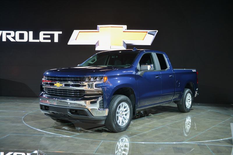 2018 - [Chevrolet / GMC] Silverado / Sierra 8fa51310