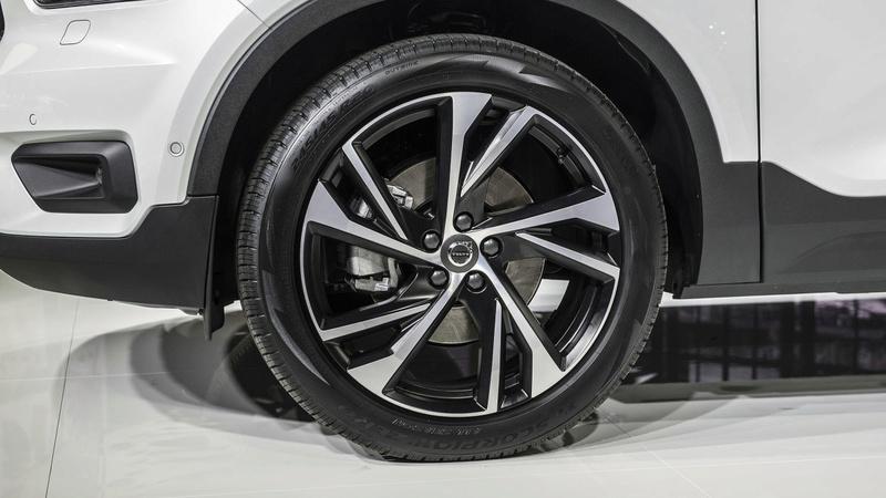 2018 - [Volvo] XC40  - Page 10 90e4e610