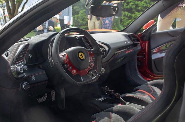 [Ferrari] Modèles uniques / One Off - MàJ : F12 TRS - Page 6 93554d10