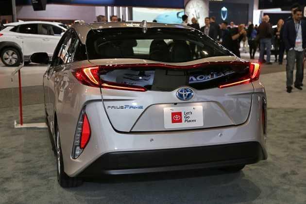 2016 - [Toyota] Prius IV - Page 15 94c68610