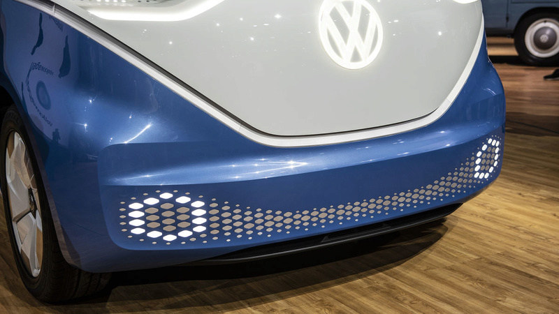 2017 - [Volkswagen] Electric VW Microbus concept - Page 2 9970cf10