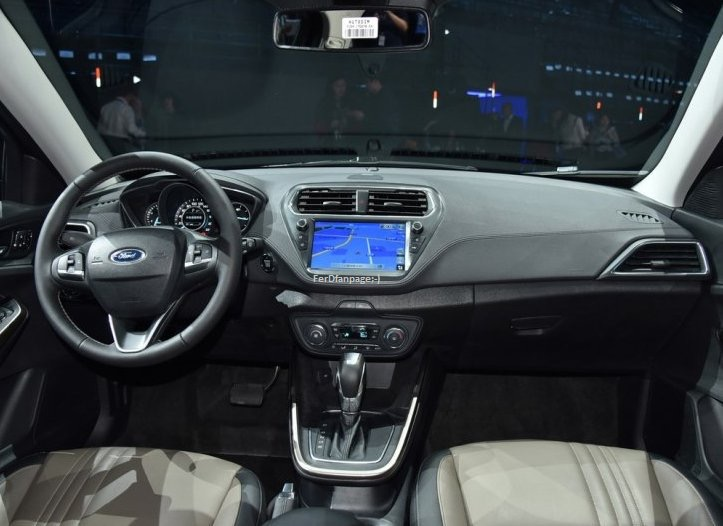 2014 - [Ford] Escort (Chine) - Page 3 9cd97610