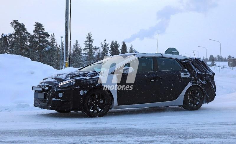2020 - [Hyundai] i40 II A3e05910
