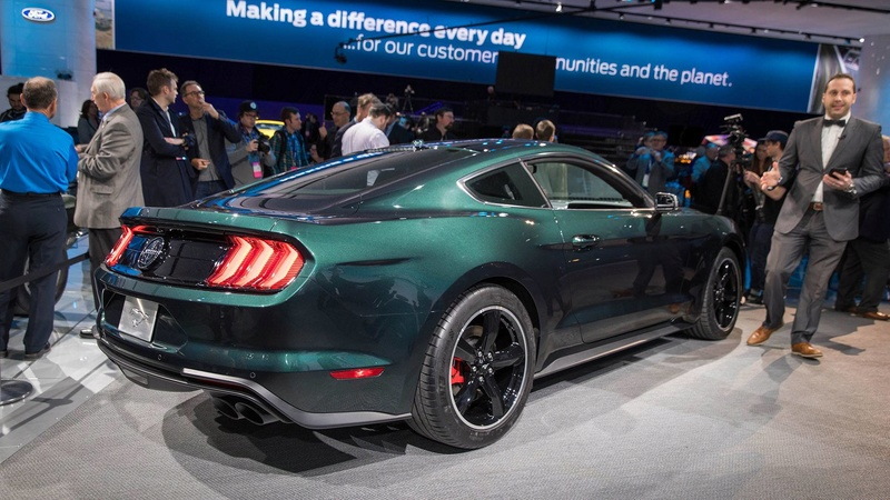 2014 - [Ford] Mustang VII - Page 16 B17e0910