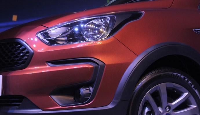 2014 - [Ford] Ka III/Ka Sedan/Figo - Page 10 B6b94110