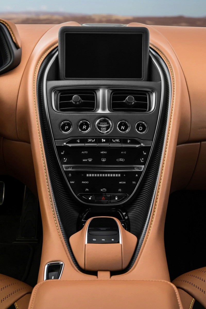2016 - [Aston Martin] DB11 - Page 10 Bb3f8b10