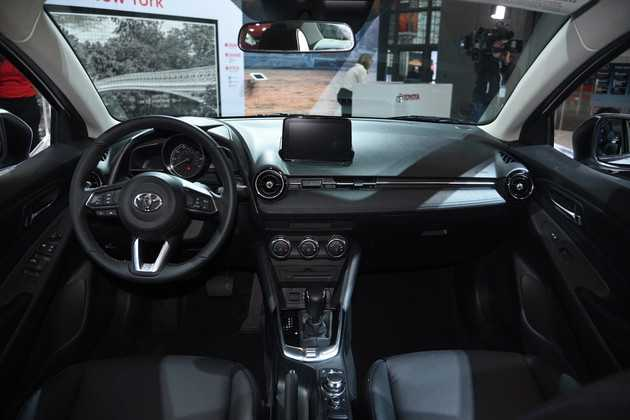 2016 - [Toyota] Yaris Sedan Bc24a710