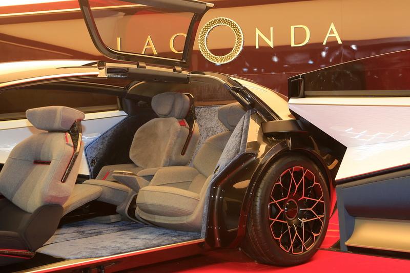 2018 - [Aston Martin] Lagonda Vision Concept  Bdb9fb10
