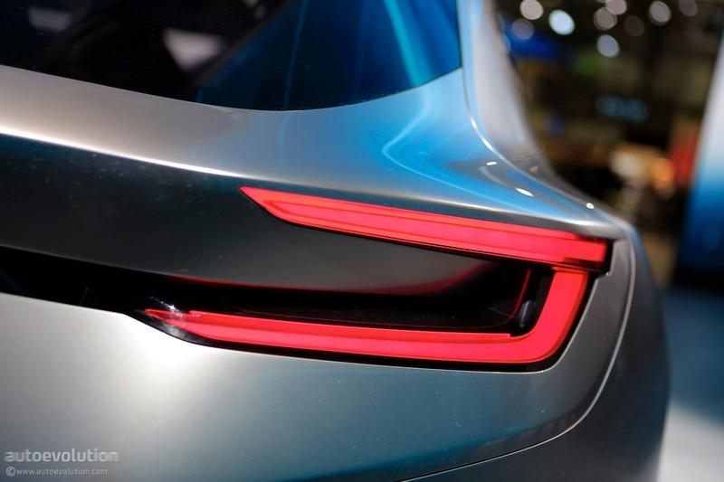 2018 - [Subaru] Viziv Tourer Concept Cfdfc610