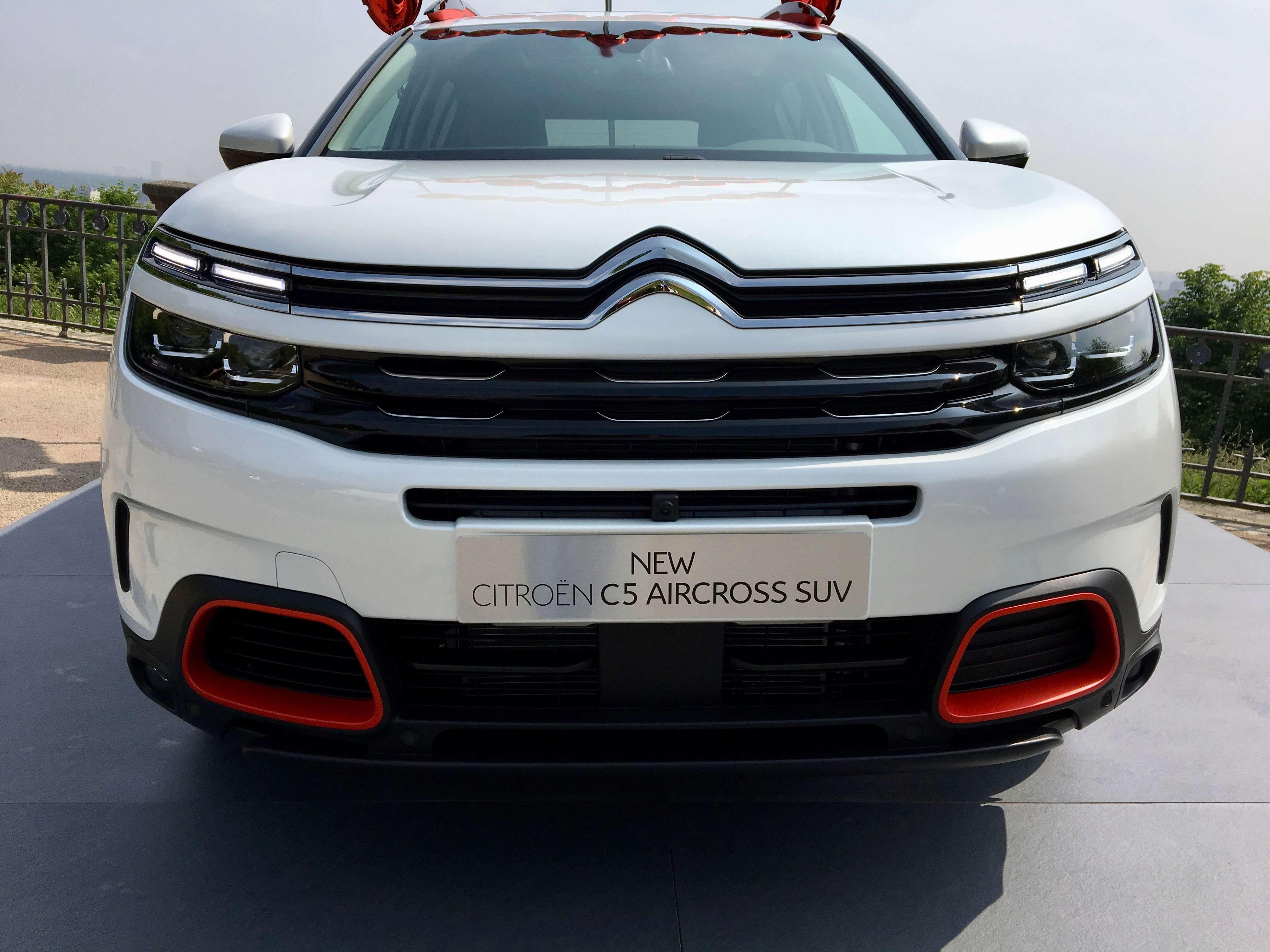 2017 - [Citroën] C5 Aircross [C84] - Page 38 D0083610