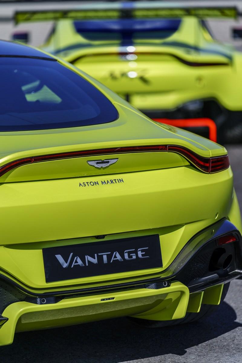 2017 - [Aston Martin] Vantage - Page 3 D299d910