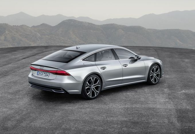 2017 - [Audi] A7 Sportback II - Page 6 D4737f10