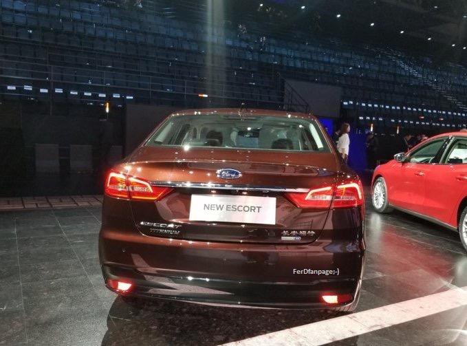 2014 - [Ford] Escort (Chine) - Page 3 D9fb5310