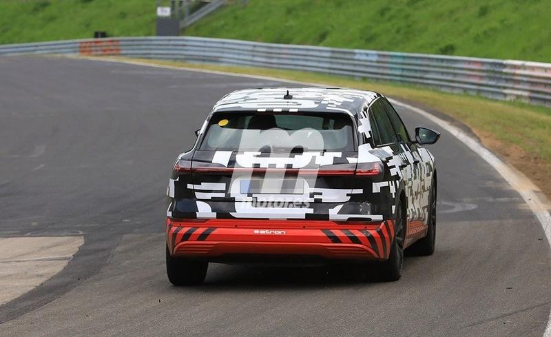 2018 [Audi] E-Tron Quattro - Page 3 De808210