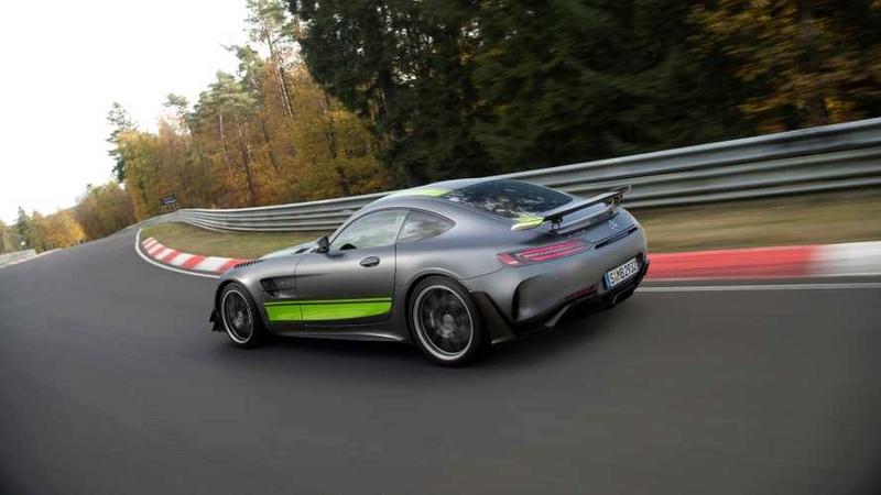 2014 - [Mercedes-AMG] GT [C190] - Page 30 Def36510