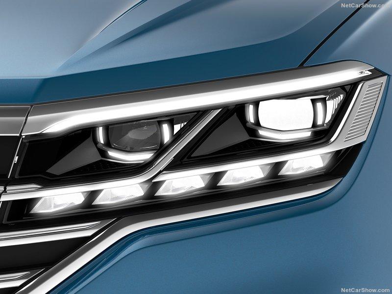 2018 - [Volkswagen] Touareg III - Page 8 E3de0310