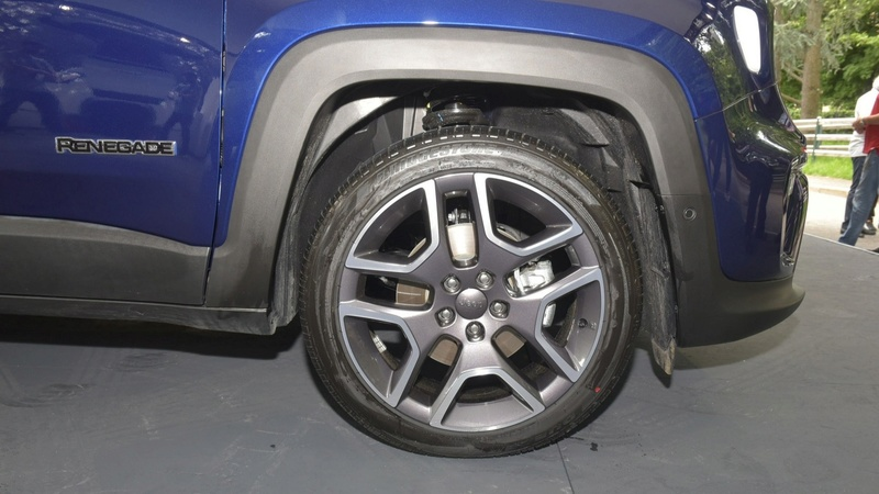 2014 - [Jeep] Renegade - Page 14 E4c51410