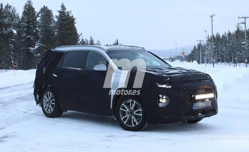 2018 - [Hyundai] Santa Fe IV E881d210