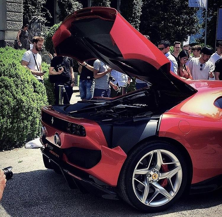 [Ferrari] Modèles uniques / One Off - MàJ : F12 TRS - Page 6 E9963b10