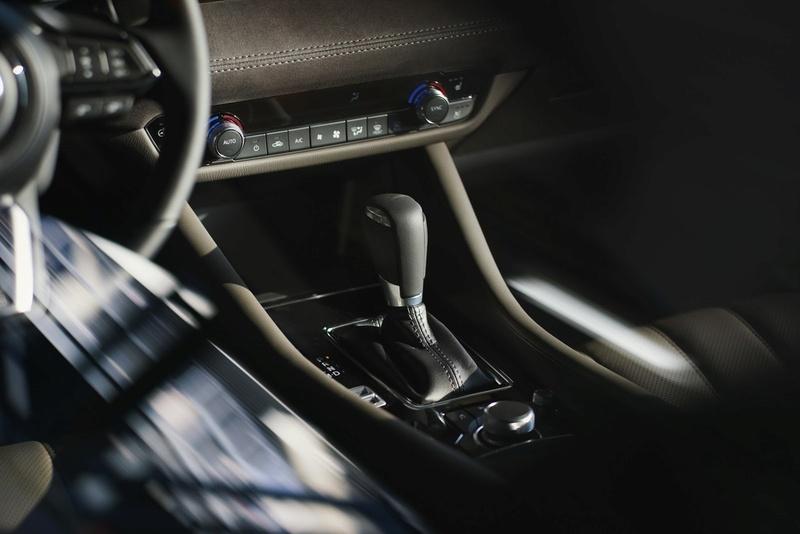 2012 - [Mazda] 6 III - Page 15 Ea239b10