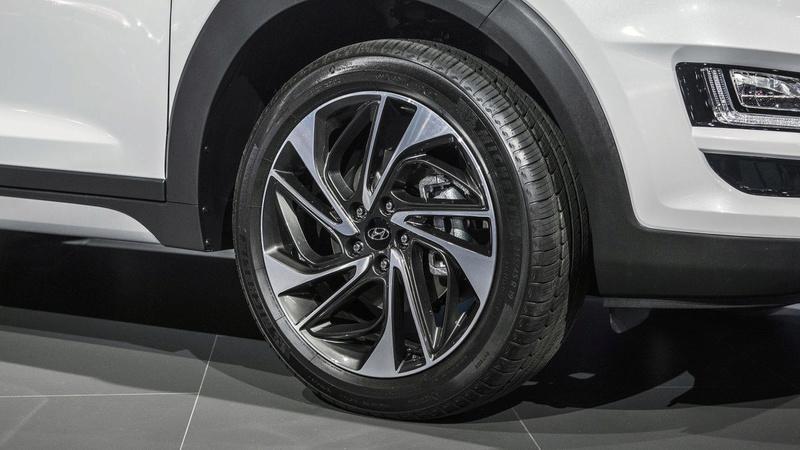 2015 - [Hyundai] Tucson III - Page 8 Ea254310