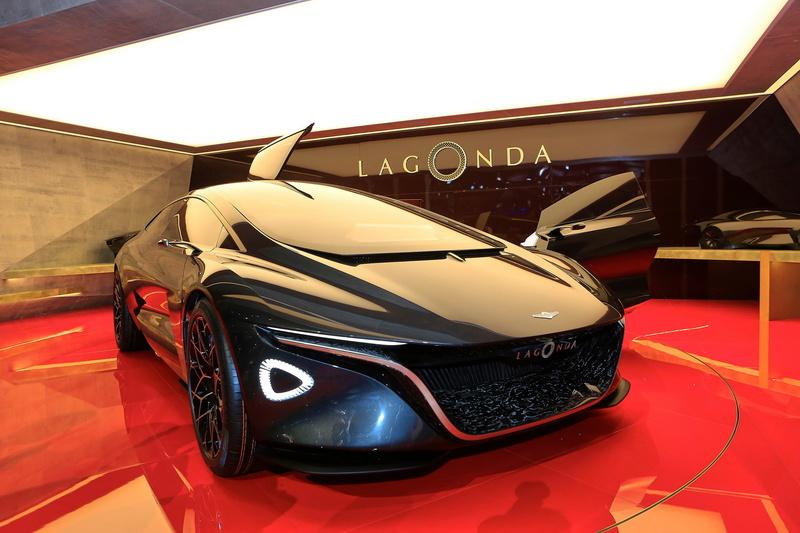 2018 - [Aston Martin] Lagonda Vision Concept  F512ec10
