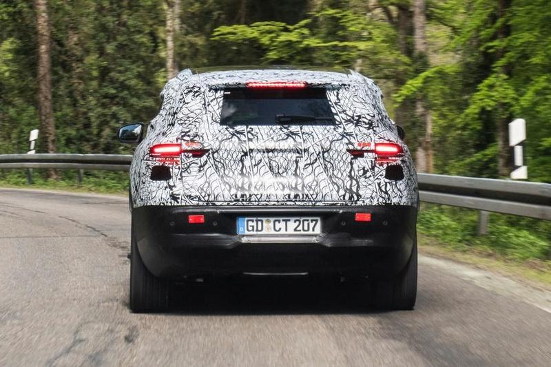 2019 - [Mercedes-Benz] EQ C Faf2a210