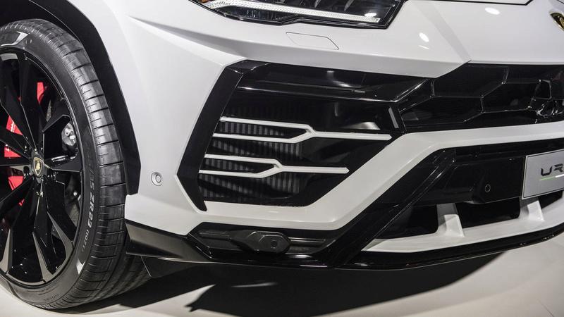 2018 - [Lamborghini] SUV Urus [LB 736] - Page 10 Fb2bca10