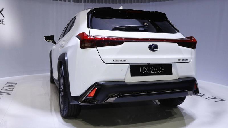 2018 - [Lexus] UX - Page 2 Fba2fb10