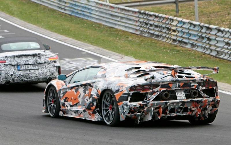 2011 - [Lamborghini] Aventador LP700-4 - Page 26 Fbd12110