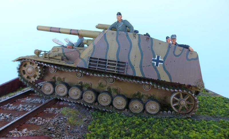 SDKFZ  165  Hummel 9210