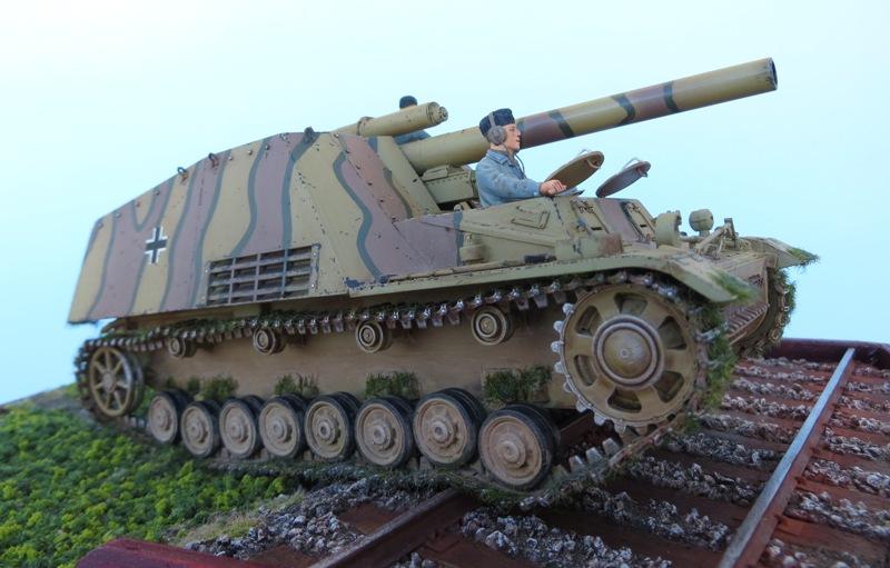 SDKFZ  165  Hummel 9610