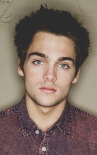 Dylan Sprayberry  - Page 3 Sprayb11