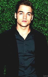 Dylan Sprayberry  - Page 3 Sprayb22