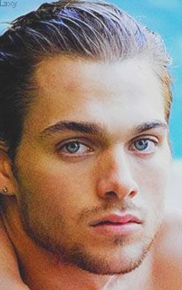 Dylan Sprayberry  - Page 3 Sprayb30