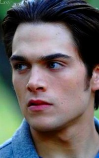 Dylan Sprayberry  - Page 2 Vavali10