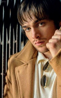 Dylan Sprayberry  - Page 2 Vavali29