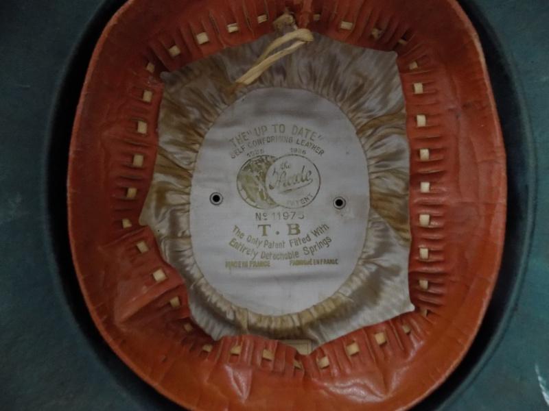 casque colonial français  217