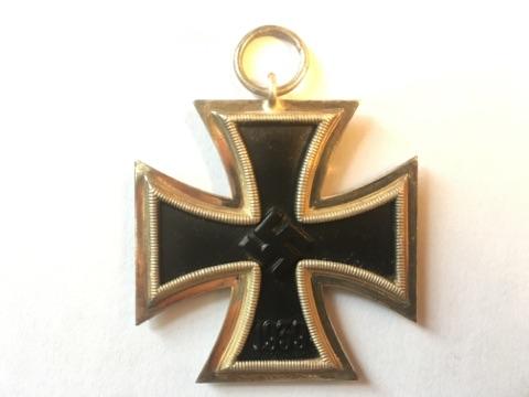 Authentification et estimation croix de fer 2ème classe 1939-1945 Img_3212
