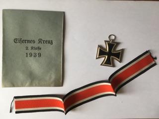 Authentification et estimation croix de fer 2ème classe 1939-1945 Img_3214