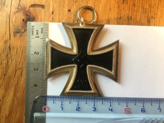 Authentification et estimation croix de fer 2ème classe 1939-1945 Img_3215