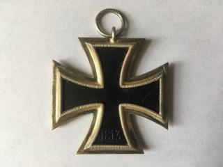 Authentification et estimation croix de fer 2ème classe 1939-1945 Img_3217
