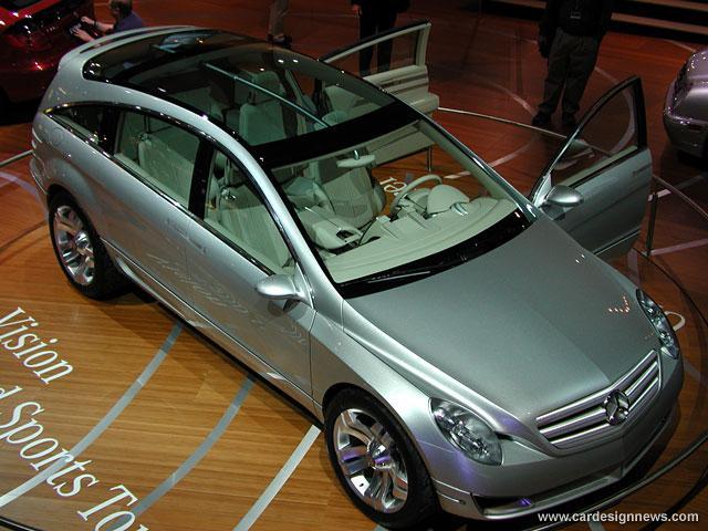 Curiosidade: Mercedes F100, um carro-conceito esquecido 4f33ad10