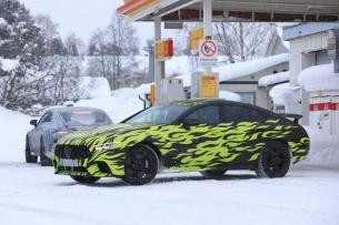(X290): Novas fotos da Mercedes-AMG GT4 antes da apresentação oficial em Genebra/Suíça em Março 2018  D85afc10