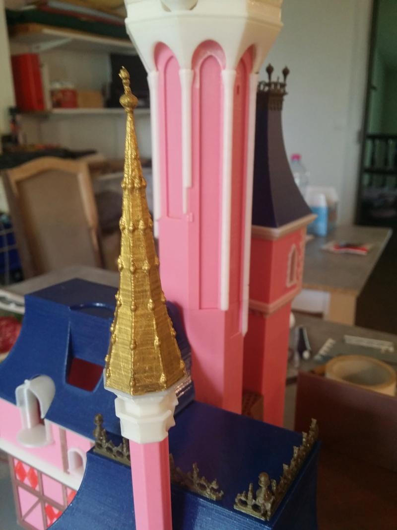 Maquette du château de la Belle au bois dormant de Disneyland Paris - Page 3 2018-047