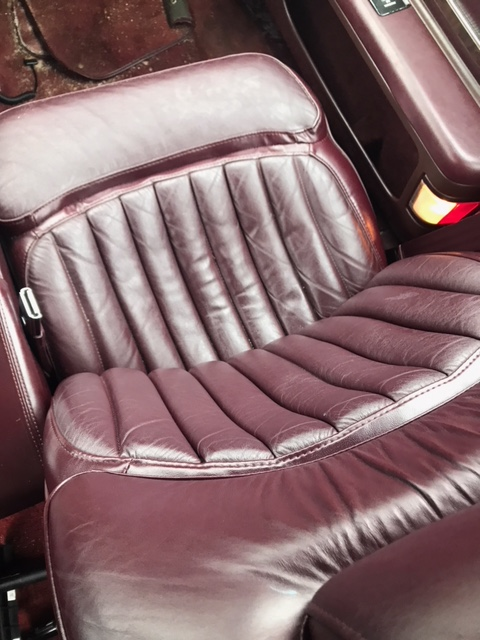 Looking for red leather seats for Caprice wagon Unknow21