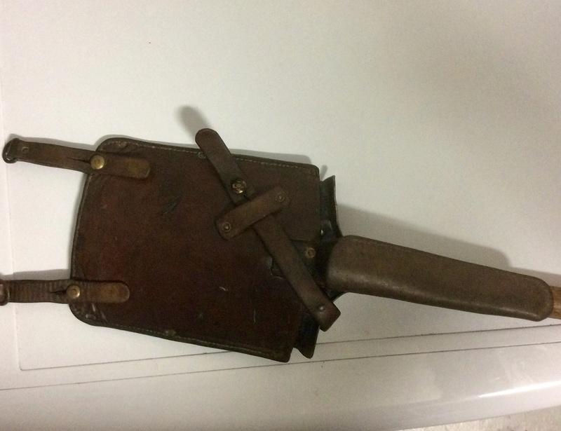 Etui pour pelle suisse daté de 1923 - Img_2510